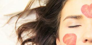 Co trzeba wiedzieć o zabiegach z kwasem hialuronowym?