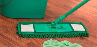 Akcesoria do sprzątania, które przydadzą się każdej zabieganej osobie
