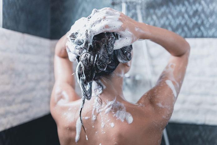 Dobry szampon do włosów – podstawa pielęgnacji. Jaki wybrać